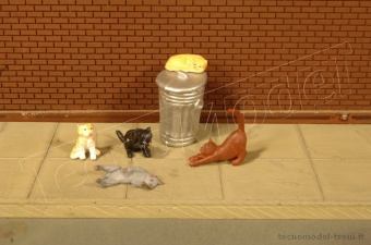 Bachmann 33107 Cats with Garbage Can - HO Scale