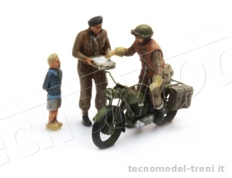 Artitec 387.131 Triumph motorcycle + 3 figures, UK